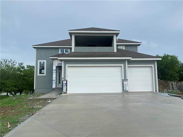 22599 W 87th Terrace, Lenexa, KS 66227 (#2316037) :: Austin Home Team