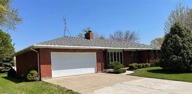 804 SW 3rd Street, Concordia, MO 64020 (MLS #2316209) :: Stone & Story Real Estate Group