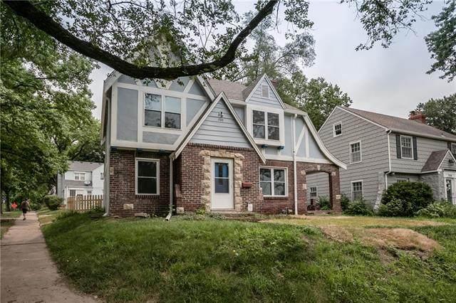 700 E Gregory Boulevard, Kansas City, MO 64131 (#2316648) :: Five-Star Homes