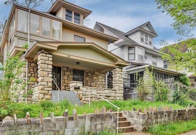 107 Elmwood Avenue, Kansas City, MO 64123 (#2317801) :: Team Real Estate