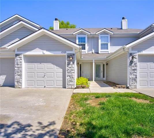 1325 NW Hidden Ridge Circle, Blue Springs, MO 64015 (MLS #2317937) :: Stone & Story Real Estate Group