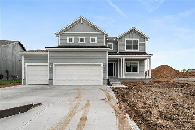 9029 SE 2nd Street, Blue Springs, MO 64064 (#2318013) :: Team Real Estate