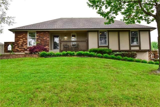 2 NW 101st Terrace, Kansas City, MO 64155 (MLS #2318042) :: Stone & Story Real Estate Group