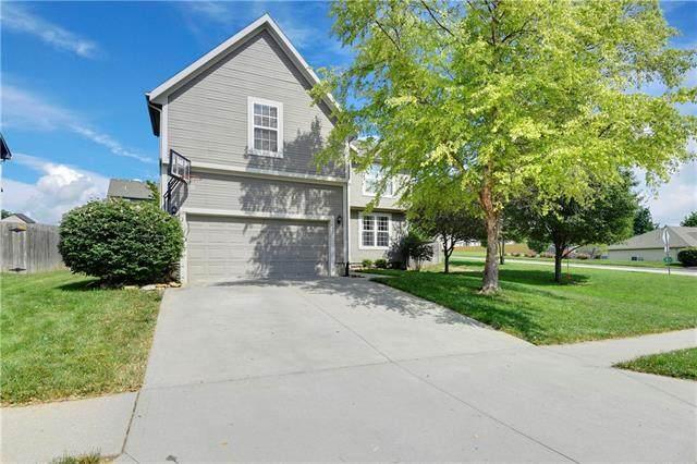 1401 N 132nd Street, Kansas City, KS 66109 (#2318452) :: Audra Heller and Associates