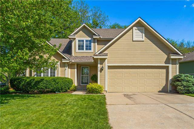 6203 W 155th Place, Overland Park, KS 66223 (#2319552) :: The Kedish Group at Keller Williams Realty