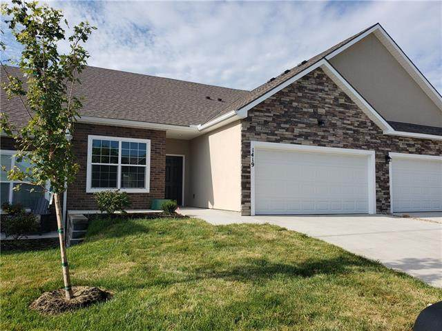 1306 Villa Lane, Louisburg, KS 66053 (#2319633) :: The Kedish Group at Keller Williams Realty