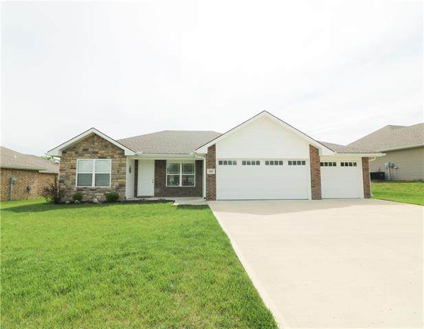 1214 Cypress Court, Warrensburg, MO 64093 (#2319650) :: The Rucker Group