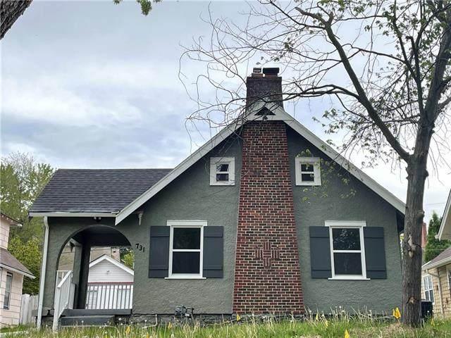 731 E 63rd Terrace, Kansas City, MO 64110 (#2319873) :: Ron Henderson & Associates