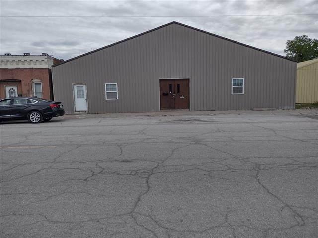 406 State Street Street, Mound City, MO 64470 (#2319991) :: Eric Craig Real Estate Team