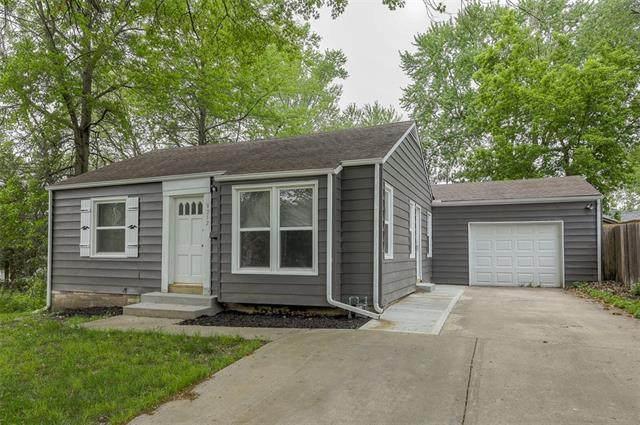 8212 Mercier Street, Kansas City, MO 64114 (#2320214) :: Eric Craig Real Estate Team