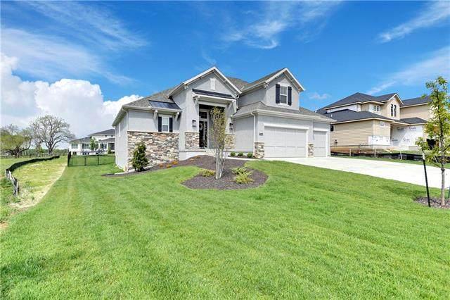 17544 Manor Street, Overland Park, KS 66085 (#2320255) :: Team Real Estate