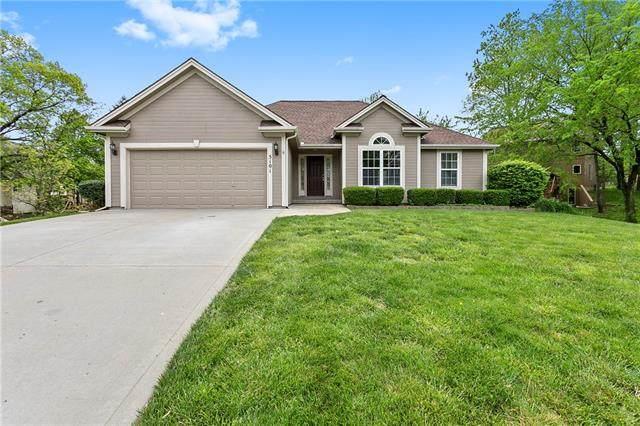 5101 87th Street, Kansas City, MO 64154 (#2320357) :: Team Real Estate
