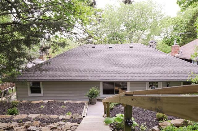 507 Lake Of The Forest Drive, Bonner Springs, KS 66012 (#2320569) :: Team Real Estate