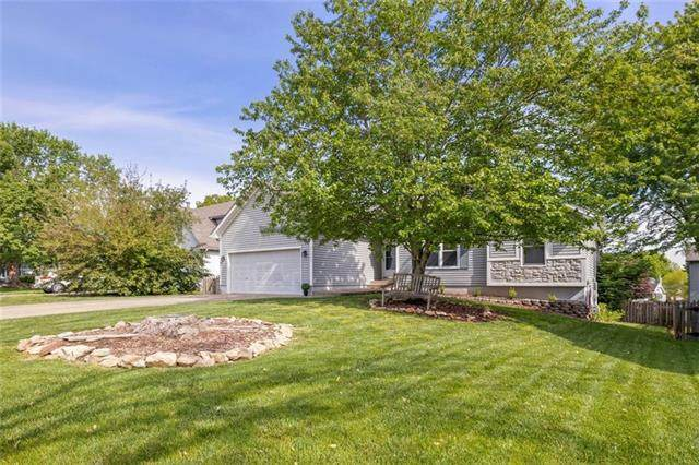 21302 W 124th Street, Olathe, KS 66061 (#2321053) :: Team Real Estate
