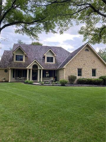 19828 Walden Oaks Drive, Country Club, MO 64505 (#2321331) :: Eric Craig Real Estate Team