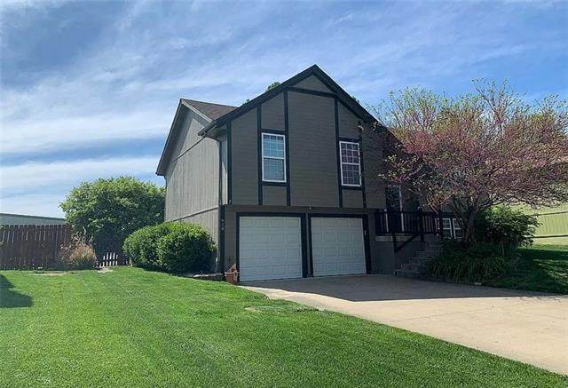 610 20TH Avenue, Greenwood, MO 64034 (#2321336) :: Eric Craig Real Estate Team