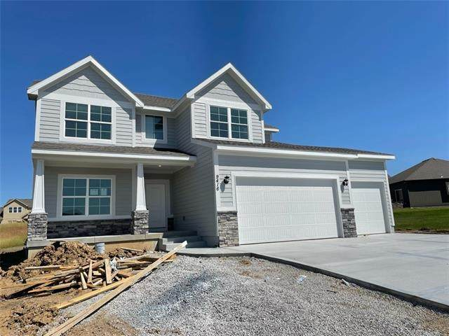 9416 N Cosby Avenue, Kansas City, MO 64154 (#2321668) :: Five-Star Homes
