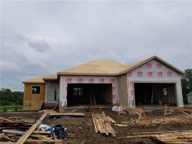 4909 N 145 Street, Basehor, KS 66007 (#2321757) :: Eric Craig Real Estate Team