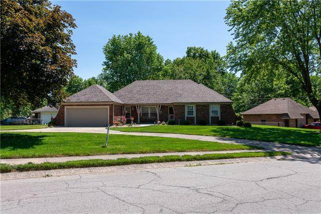 1103 Blueberry Drive, Harrisonville, MO 64701 (#2323485) :: Team Real Estate
