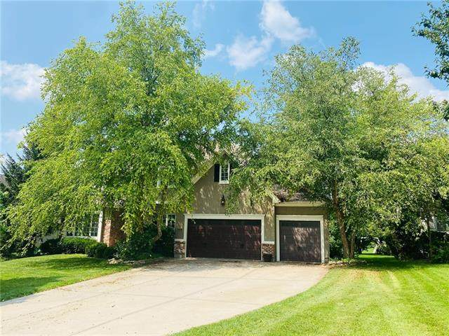 14100 Granada Road, Leawood, KS 66224 (#2323561) :: Tradition Home Group | Compass Realty Group