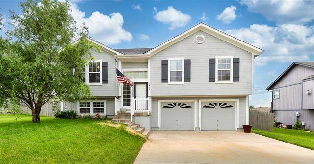 1408 Bayberry Drive, Greenwood, MO 64034 (#2323943) :: Team Real Estate