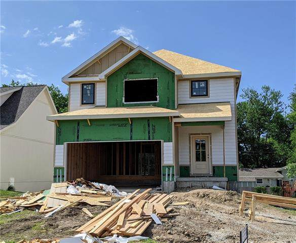 301 Creekwood Drive, Liberty, MO 64068 (#2323985) :: Austin Home Team