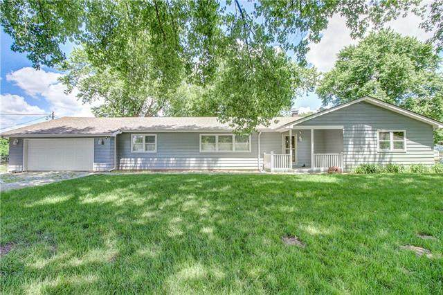 109 Chicago Avenue, Sibley, MO 64088 (#2324319) :: Tradition Home Group | Better Homes and Gardens Kansas City
