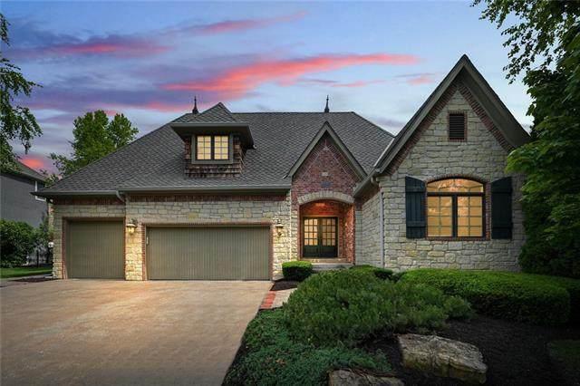 10500 W 163rd Street, Overland Park, KS 66221 (#2324444) :: Austin Home Team