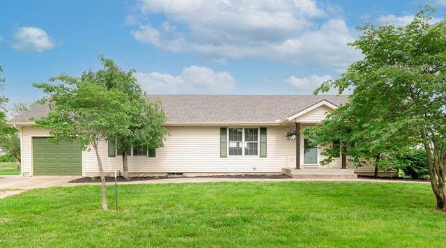 24925 Ayers Road, Parker, KS 66072 (#2324508) :: Five-Star Homes