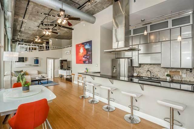 700 E 8th Penthouse 1 Street Ph1, Kansas City, MO 64106 (#2324932) :: Five-Star Homes