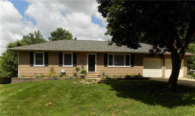 203 Chappell Drive, Pleasant Hill, MO 64080 (#2325648) :: The Shannon Lyon Group - ReeceNichols