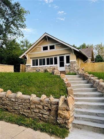 1713 E 55TH Street, Kansas City, MO 64110 (#2325650) :: Five-Star Homes