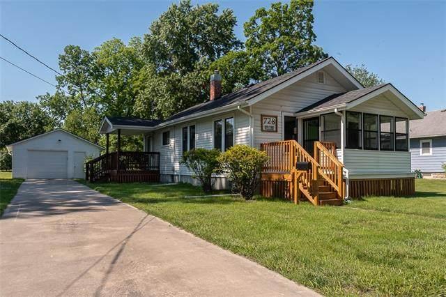 728 W 5th Street, Ottawa, KS 66067 (#2325710) :: Tradition Home Group | Better Homes and Gardens Kansas City