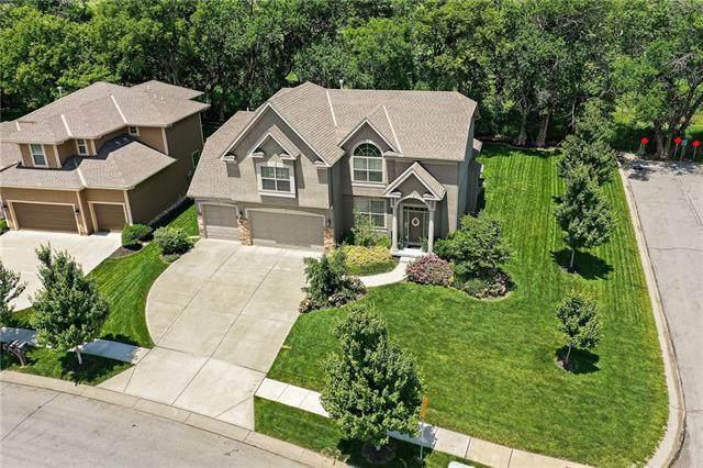 15410 W 163rd Terrace, Olathe, KS 66062 (#2326787) :: Five-Star Homes
