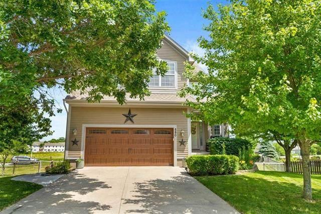 880 E Cheyenne Street, Gardner, KS 66030 (#2327095) :: Tradition Home Group   Better Homes and Gardens Kansas City