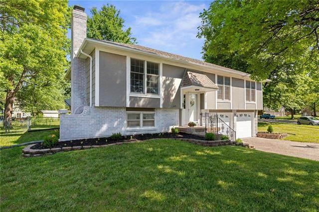 772 S Ash Street, Gardner, KS 66030 (#2327354) :: Tradition Home Group   Better Homes and Gardens Kansas City