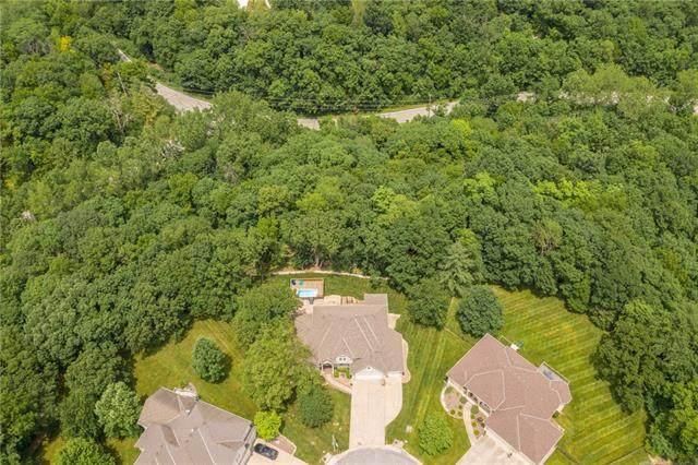 612 NW Timber Ridge Trail, Lee's Summit, MO 64081 (#2327543) :: ReeceNichols Realtors