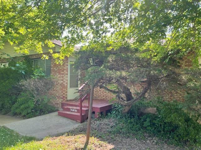 1901 N 77th Street, Kansas City, KS 66112 (#2328246) :: Eric Craig Real Estate Team
