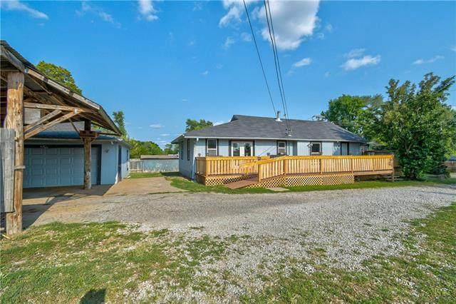 12204 E 47th Street, Kansas City, MO 64133 (#2328372) :: Five-Star Homes
