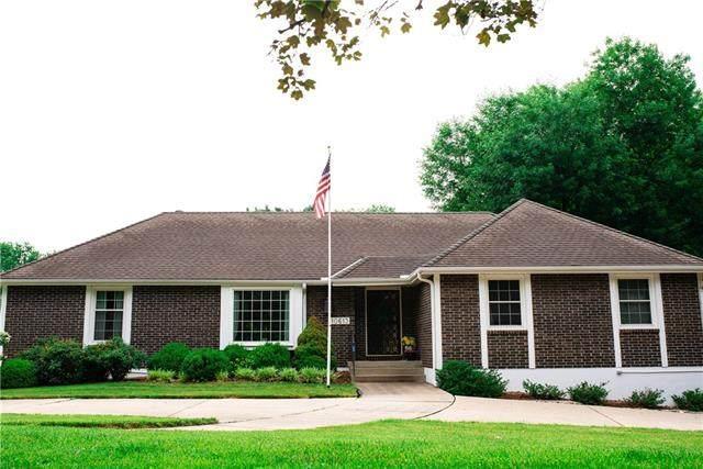 10613 Walnut Drive, Kansas City, MO 64114 (#2328577) :: Ask Cathy Marketing Group, LLC