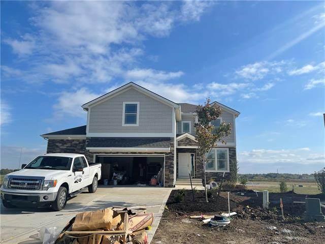 4817 Shady Bend Road, Leavenworth, KS 66048 (MLS #2329025) :: Stone & Story Real Estate Group