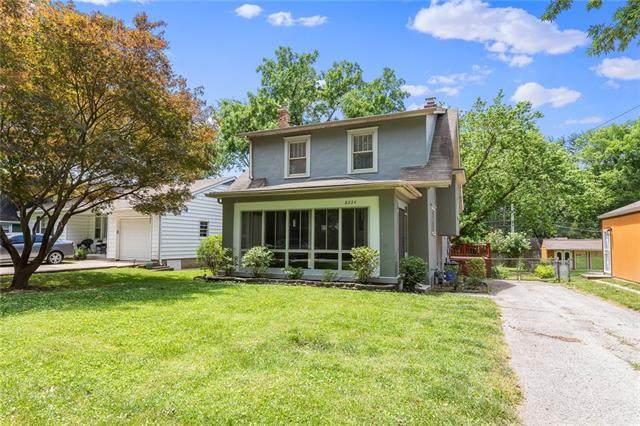 8224 Belleview Avenue, Kansas City, MO 64114 (#2329187) :: Austin Home Team