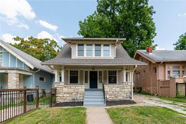 4015 S Benton Avenue, Kansas City, MO 64130 (#2329669) :: Edie Waters Network