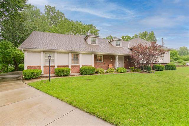 14700 E 43RD Street, Independence, MO 64055 (#2329692) :: Edie Waters Network