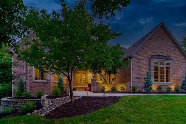 4015 W 112th Street, Leawood, KS 66211 (#2329709) :: Austin Home Team