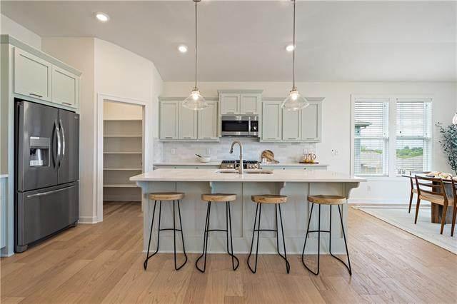 4412 SW Alabaster Circle, Lee's Summit, MO 64082 (#2330412) :: Dani Beyer Real Estate