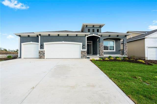 10711 N Fisk Avenue, Kansas City, MO 64154 (MLS #2330594) :: Stone & Story Real Estate Group