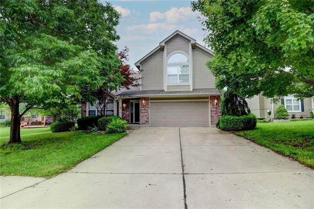 3120 S Arrowhead Court, Independence, MO 64057 (#2331038) :: Audra Heller and Associates