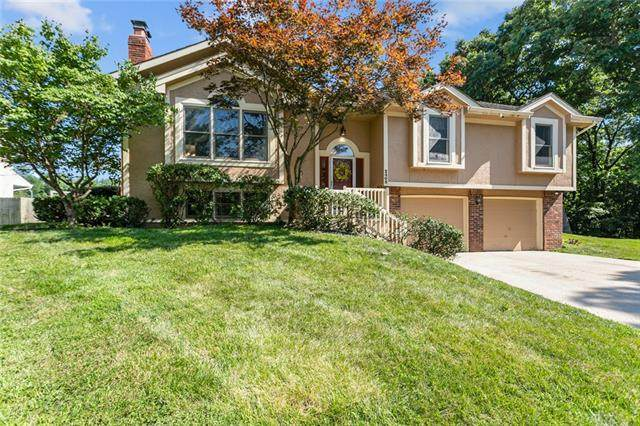 2405 NE 34th Court, Kansas City, MO 64116 (#2331962) :: Tradition Home Group | Compass Realty Group