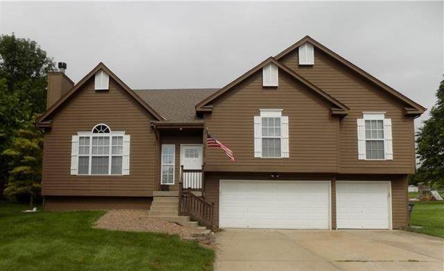 1905 Valley View N/A, Pleasant Hill, MO 64080 (#2331988) :: The Shannon Lyon Group - ReeceNichols